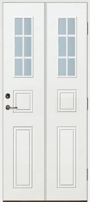 Dörr med spröjs
